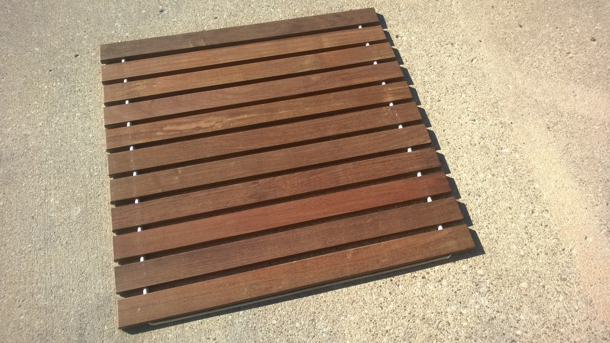 "36"" Wide x 36"", Roll Out Shower Mat, Narrow Spacing, Teak ..."